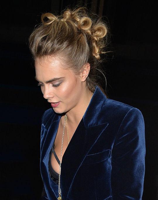 cara-delevingne-mohawk-bun-hair-trend-w540