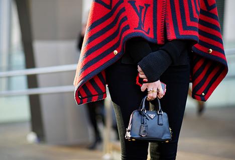 1-Mini-Bag-Street-Style-奢侈品包包-法式造型-x468