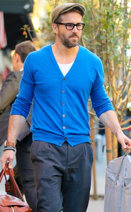 rs_634x1024-141017090936-634-ryan-reynolds-cardigan.ls.101714
