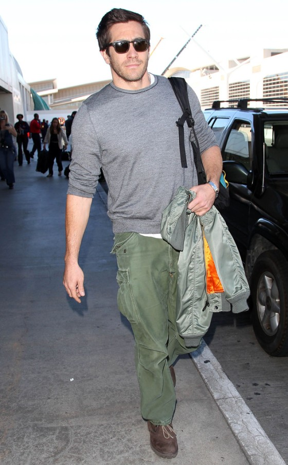 rs_634x1024-141104160207-634.Jake-Gyllenhaal-LAX.ms.110414